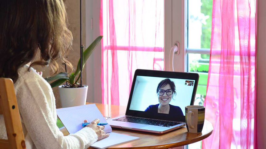 skype online one on one course student and teacher interacting online